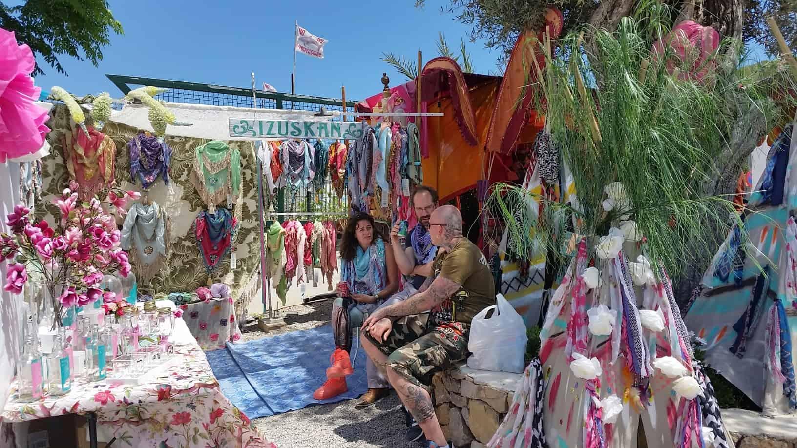 Hippiemarkten Ibiza Las Dalias En Punta Arabi Tips Ibiza